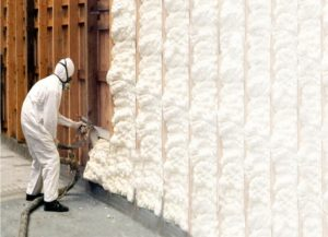 Плюсы и минусы утепления стен дома пеной, стоит ли это делать